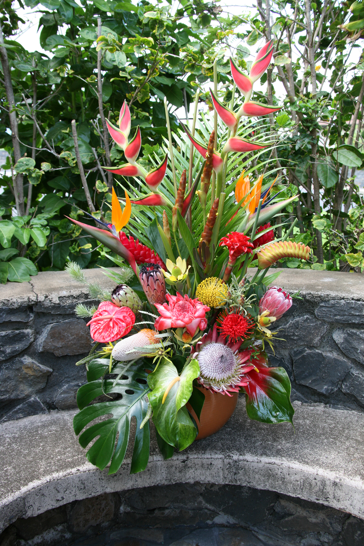 Maui flower shops tropical arrangements hawaii flowers